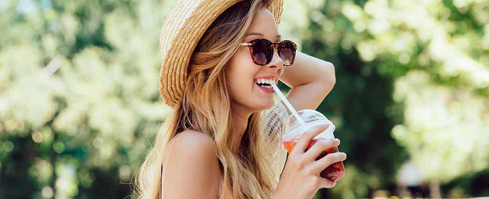 Fight the Summer Heat Waves with These Beauty Tips for Women in Summer