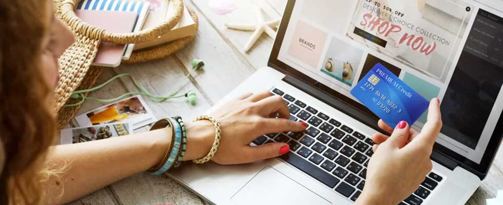 Guide for Shopaholics For A Safer Online Shopping Experience